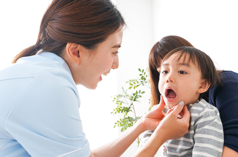 お子様のお話も聞きながら、ペースを合わせて治療を続けます